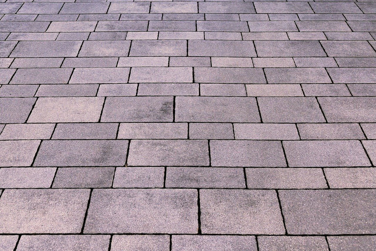 Paver sealing - enviro clean & capture